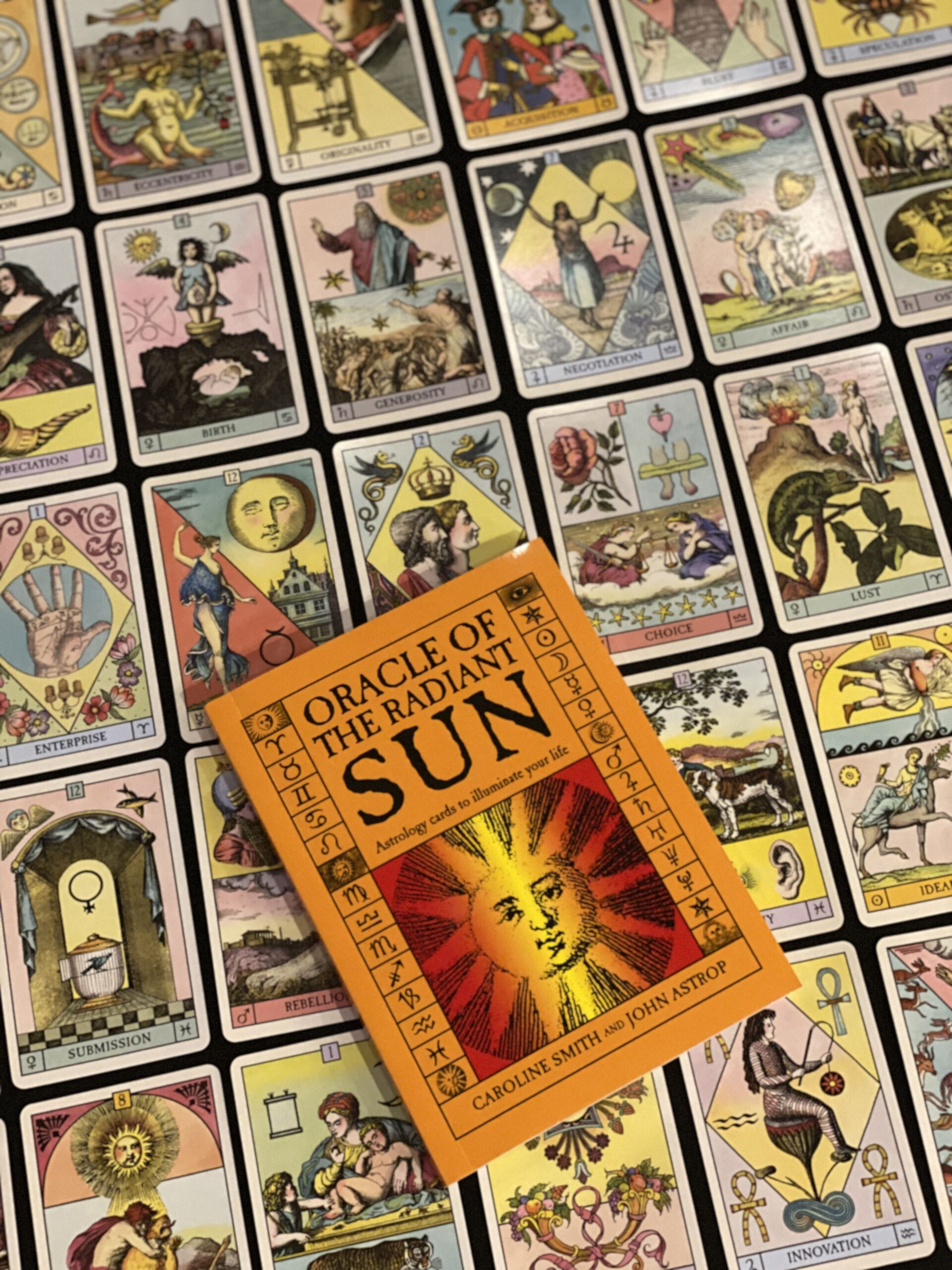 Oracle of the Radiant Sun Tarot Review